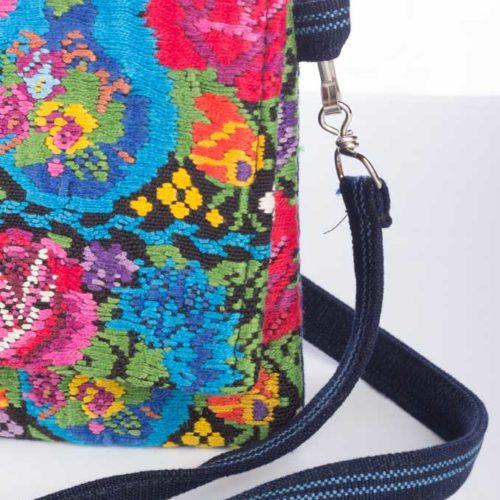 """Huipil Envelope Design Messenger Bag """"M"""""""