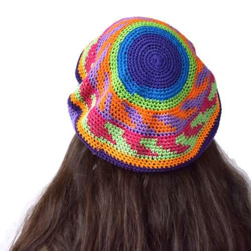 """Crochet Tam """"L"""""""